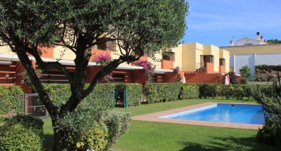 Casa Silvana with shared pool, 300m to the beaches